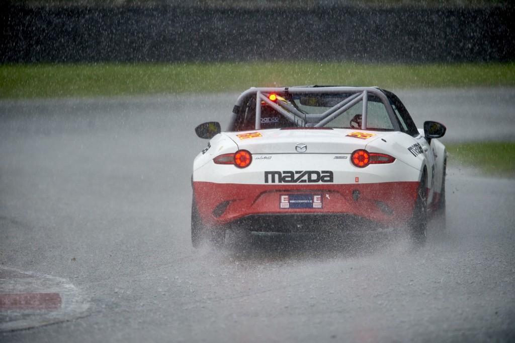2017 EVENT: Zolder 24 Hours RACE TRACK: Circuit Zolder CAR: Mazda MX5 DRIVERS: Stéphane Lemeret, Xavier Daffe, Hans Dierickx, Antonio Da Palma Ferramacho, Maxime Pasture