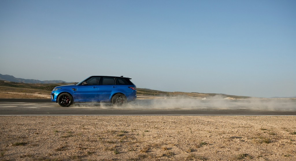 Range-Rover-Sport-SVR-3