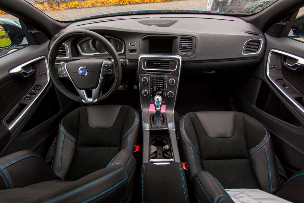 2015 Volvo V60 Polestar interior