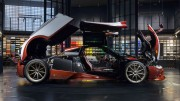 pagani-huayra-lampo-garage-italia-customs_04